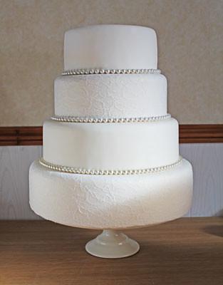 Four Tier Lace Pearl Wedding Cake Www Quitecontraryca