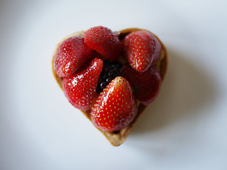 02-09 strawberry tart | by Front Studio