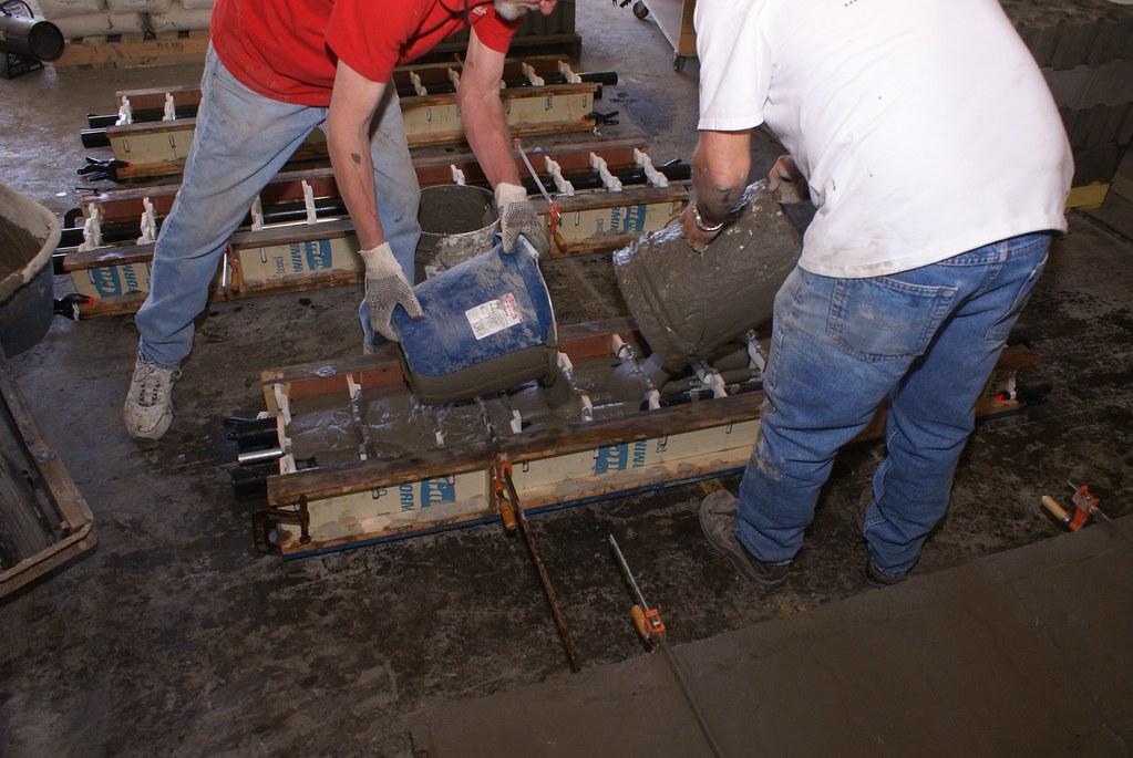 Interra Cellular Lightweight Concrete : Pouring cellular lightweight concrete into forms r d