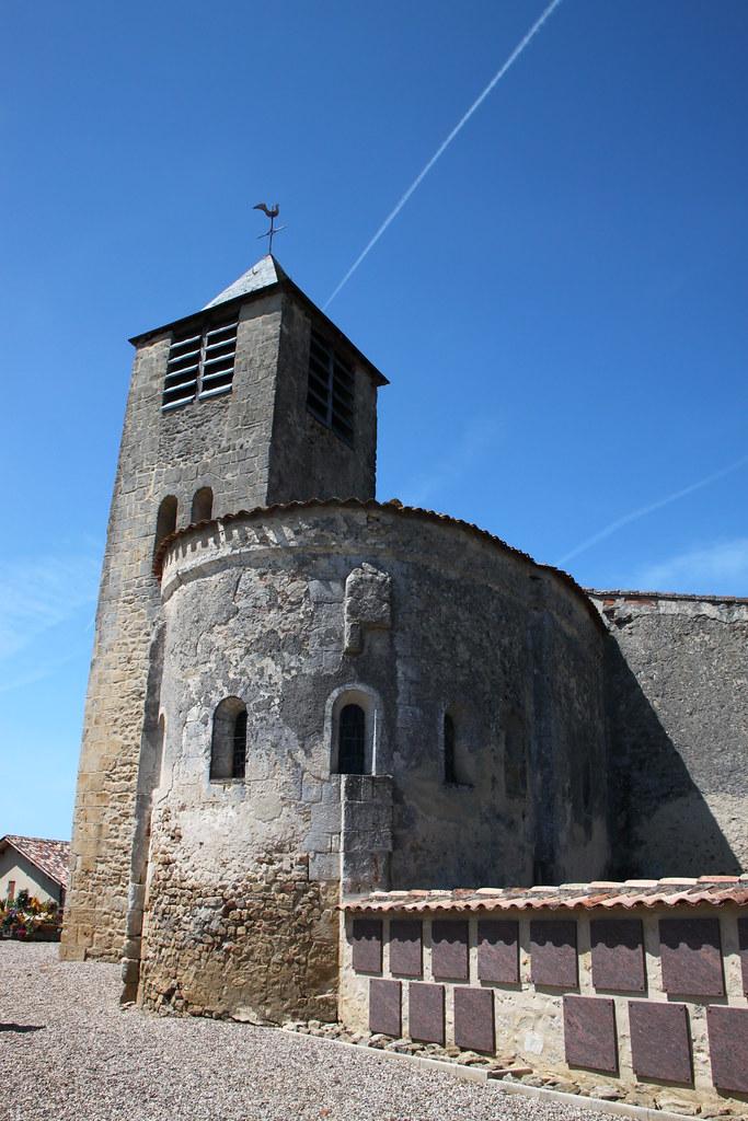 Eglise saint martin du nizan eglise partiellement romane for Eglise romane exterieur