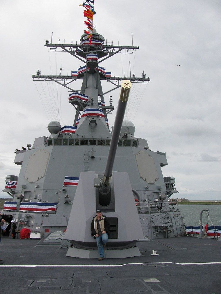 USS Dewey (DDG-105) 5-...