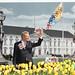 Schloss Bellevue mit Bundespräsident und neuer Bundesflagge