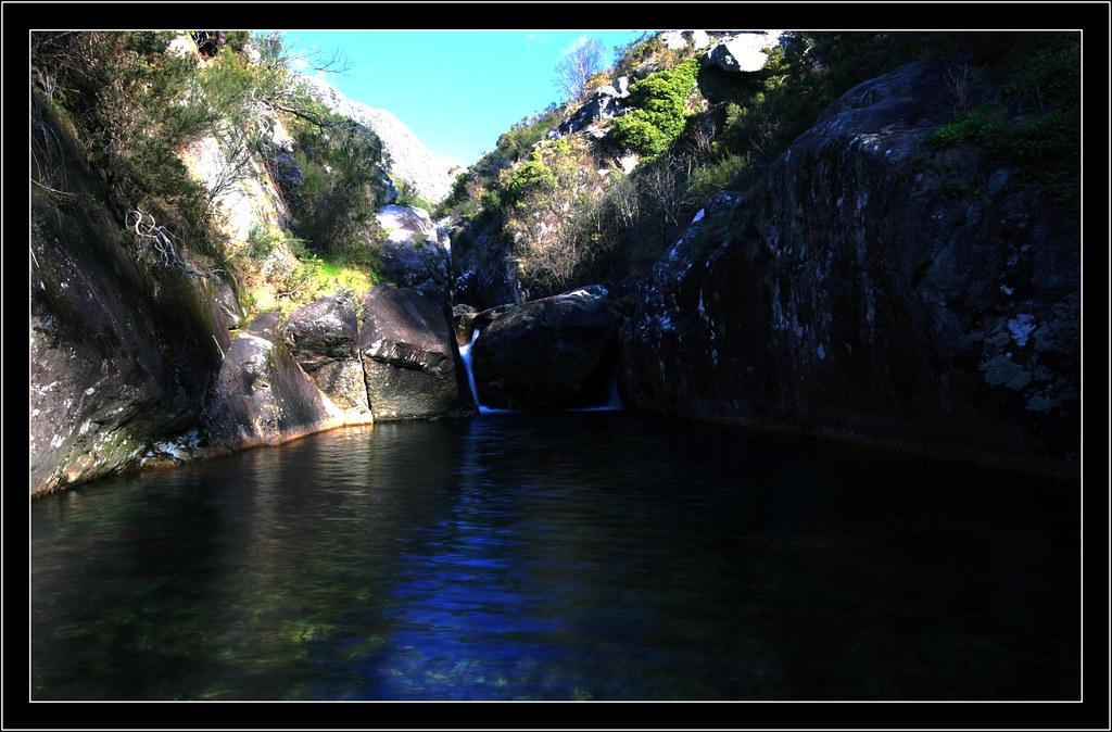 Piscinas do rio pedras piscinas naturales del rio pedras for Piscinas naturales rio malo