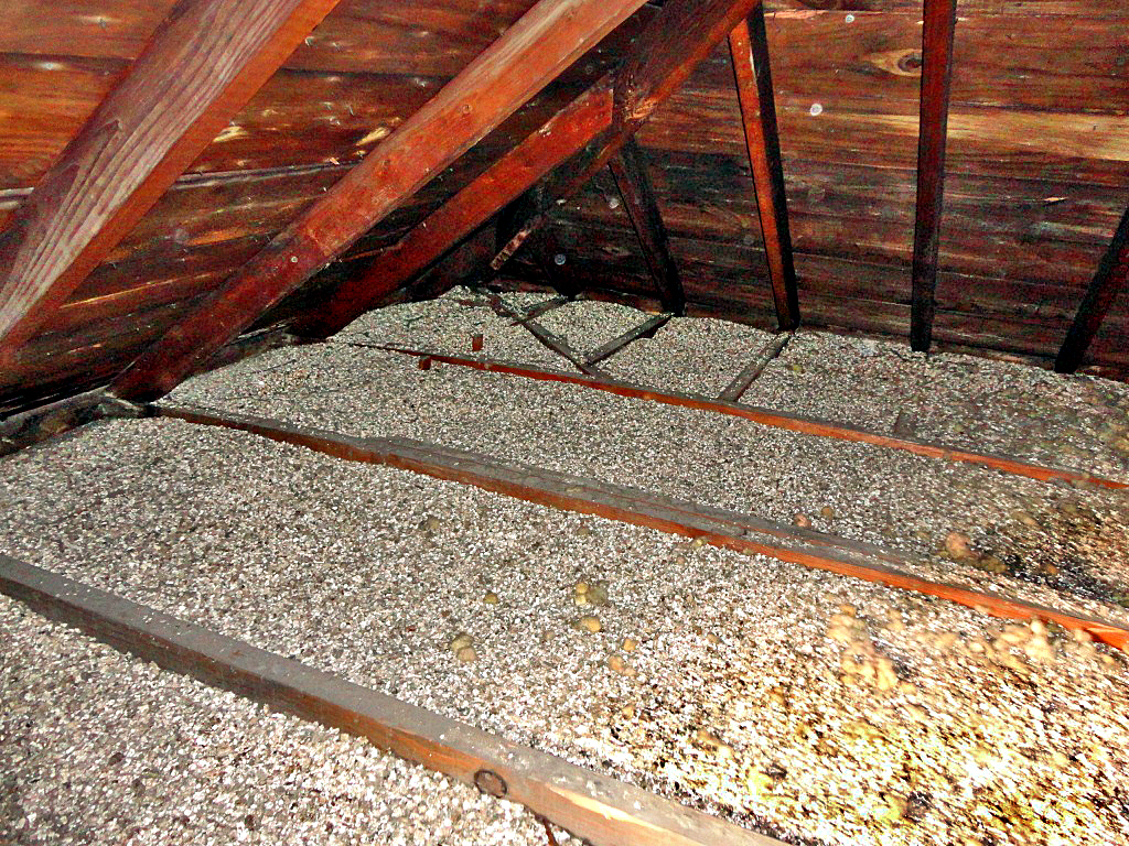 Installed Zonolite Attic Insulation Zonolite Vermiculite