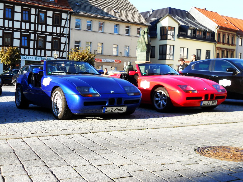 pure blue top red bmw z1 red the blue one is an alpina flickr. Black Bedroom Furniture Sets. Home Design Ideas