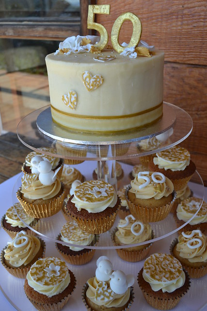 50th wedding anniversary cake cupcakes vanilla cutting c flickr photo sharing. Black Bedroom Furniture Sets. Home Design Ideas