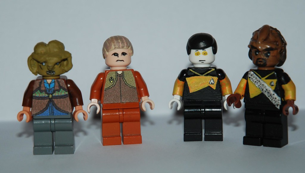 LEGO Star Trek Customs | These are my Star Trek - DS9 and ...