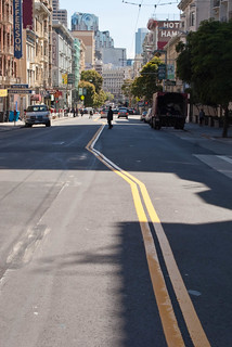 18446 Angled double yellow lines on Eddy from Hyde to Leavenworth | by geekstinkbreath