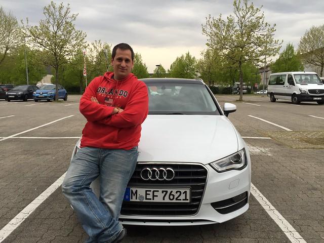 Sele con un Audi A3 en Alemania