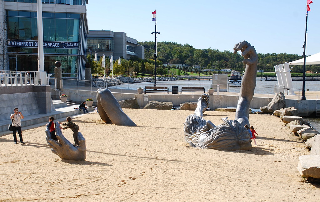 The awakening at national harbor the awakening by j for Awakening sculpture national harbor
