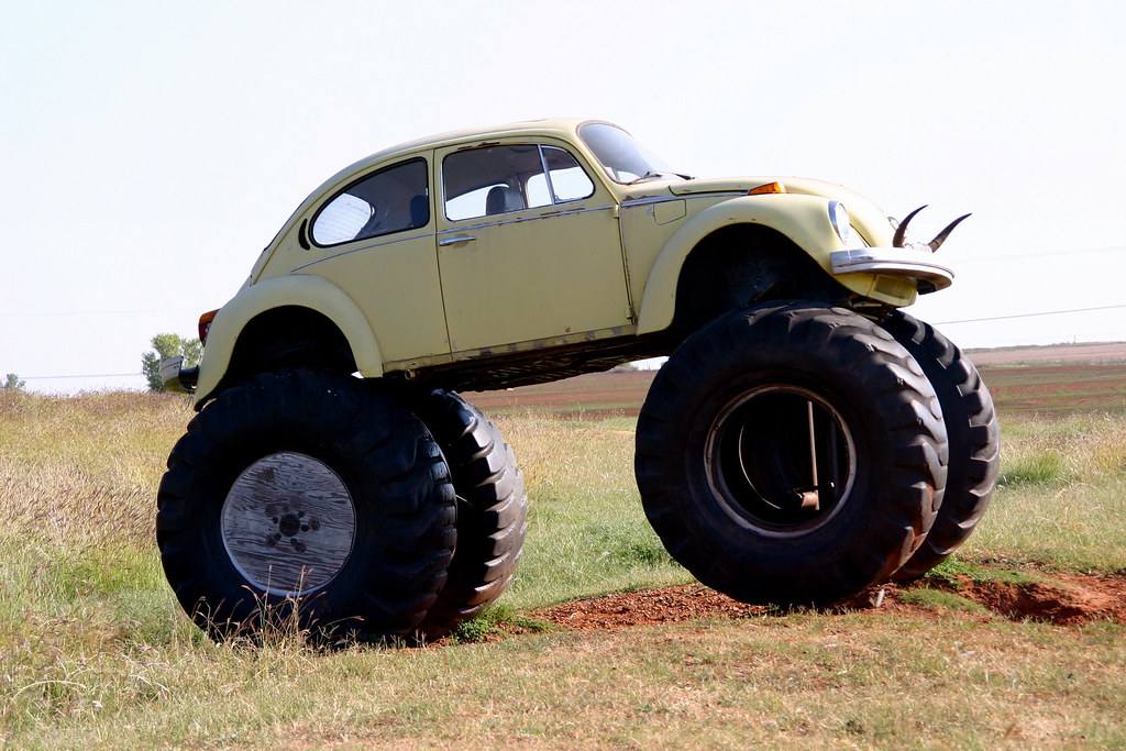 vw beetle clinton oklahoma a vw beetle sits on tractor t flickr. Black Bedroom Furniture Sets. Home Design Ideas