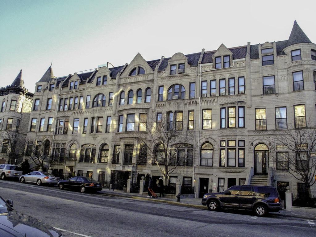 1306 St Nicholas Avenue New York: Hamilton Heights, Manhattan, New