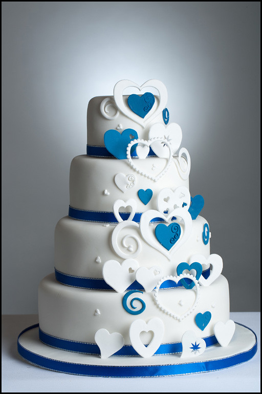 wedding cake hearts cascading hearts royal blue cascading hearts wedding 22808