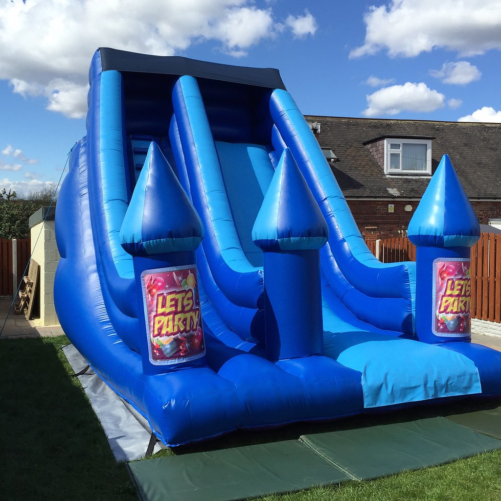 Inflatable Slide Hire Uk: Inflatable Slide For Hire At Www.creamcastles.co