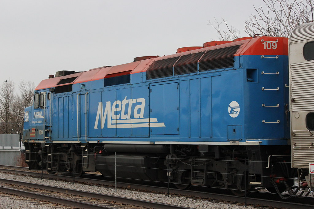 Metx 109 Emd F40ph 3 In Chicago Il Metra F40ph 3 No