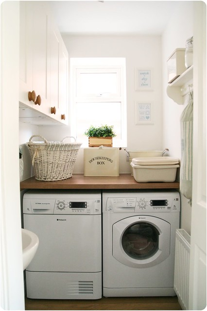 Country Laundry Room Decor