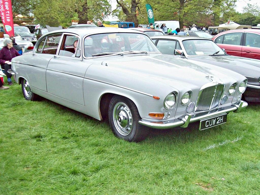 192 Jaguar 420G (1969) | Jaguar 420G (1967-70) Engine 4235cc… | Flickr