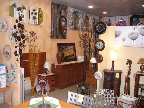 Urgente se traspasa tienda de decoracion y articulos for Decoracion el universo del hogar