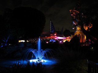 Pixie Hollow Fountain w/ Tomorrowland in the Background | by slotherini