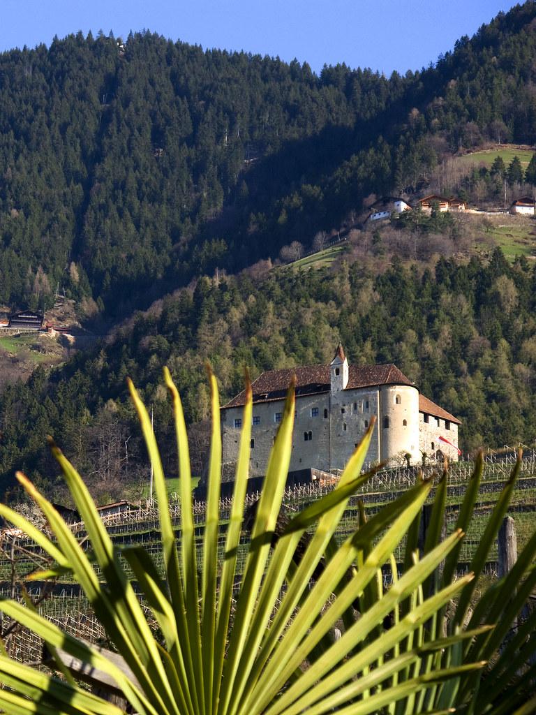 Castel tirolo schloss tirol ii bildnachweis for Azienda soggiorno merano
