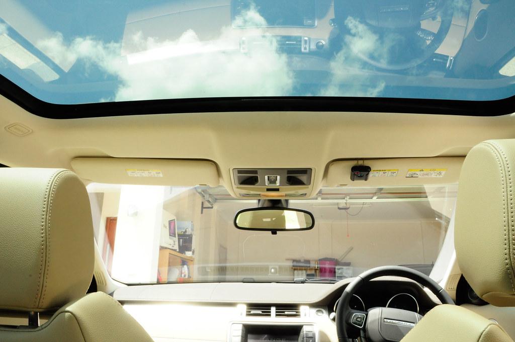 range rover evoque range rover evoque panoramic. Black Bedroom Furniture Sets. Home Design Ideas