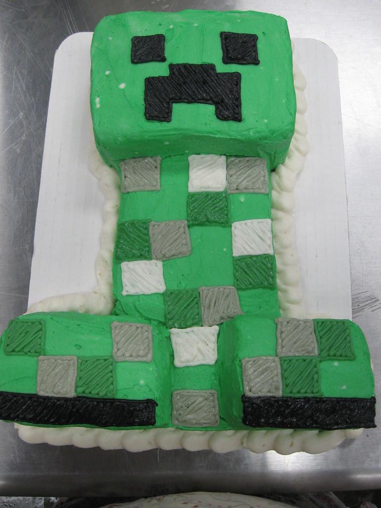 Minecraft Creeper cake Bee s Knees Bakeshop Flickr