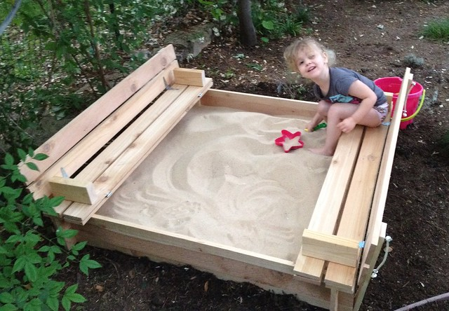 Sandbox With Seats Plans DIY Free Download toy box plans