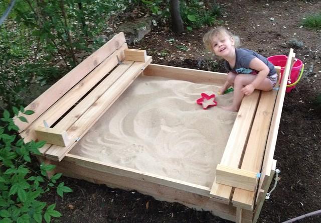 Sandbox with seats plans diy free download toy box plans for Sandbox with built in seats plans