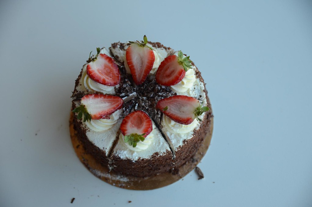 Black Forest Cake Recipe Without Oven In Hindi