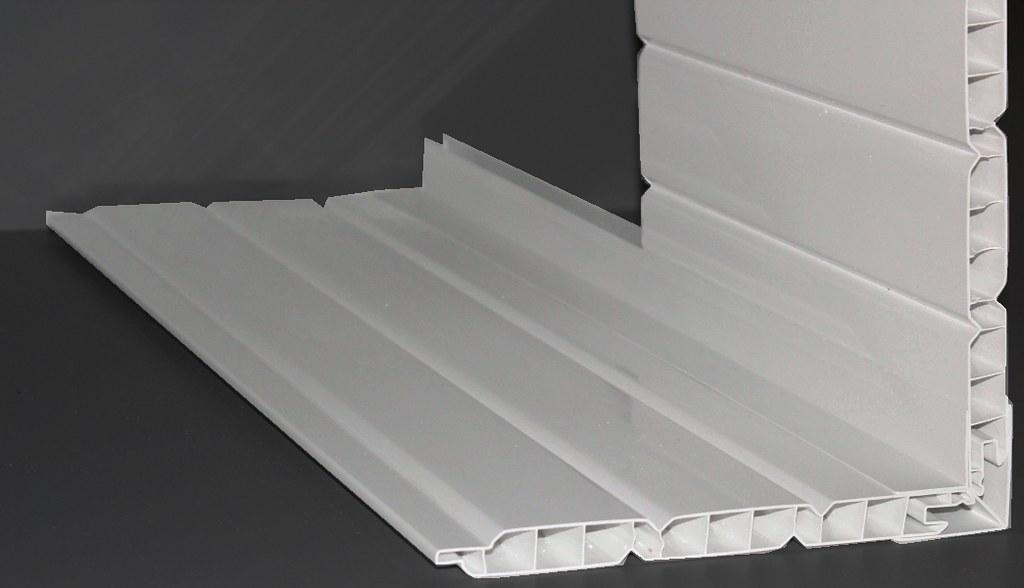 gesimskasten verkleidung aus kunststoff ems baustoffhandel flickr. Black Bedroom Furniture Sets. Home Design Ideas