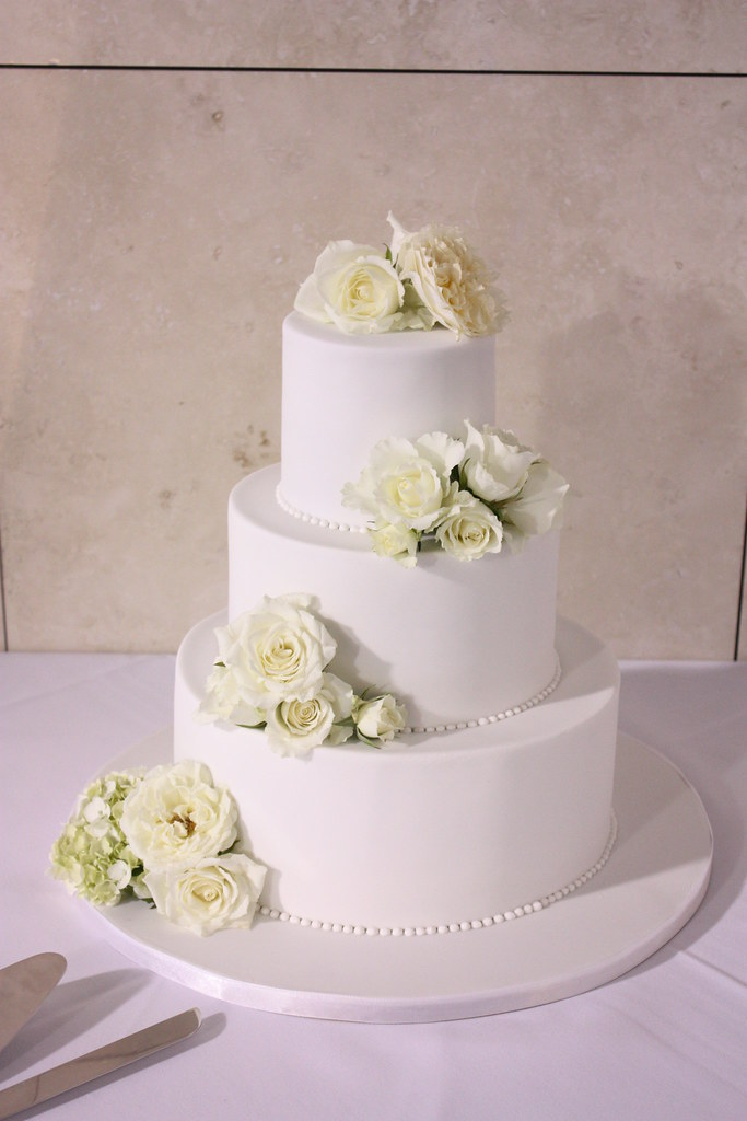 classic white wedding cakes classic white wedding cake with fresh florals delivered 12876