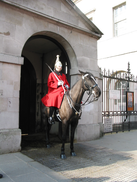 Horse Guards at the Buckingham Palace - Westminster, Londo ...  Horse Guards at...