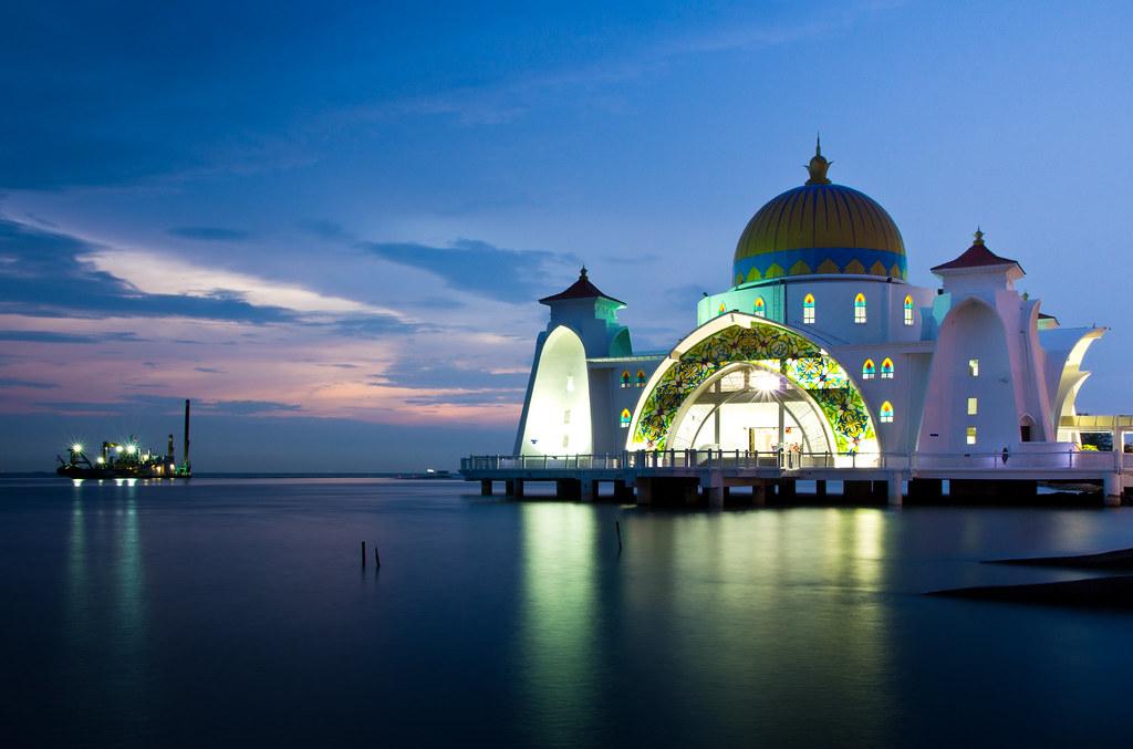 Masjid selat melaka website prints the selat melaka for 3d wallpaper for house in malaysia