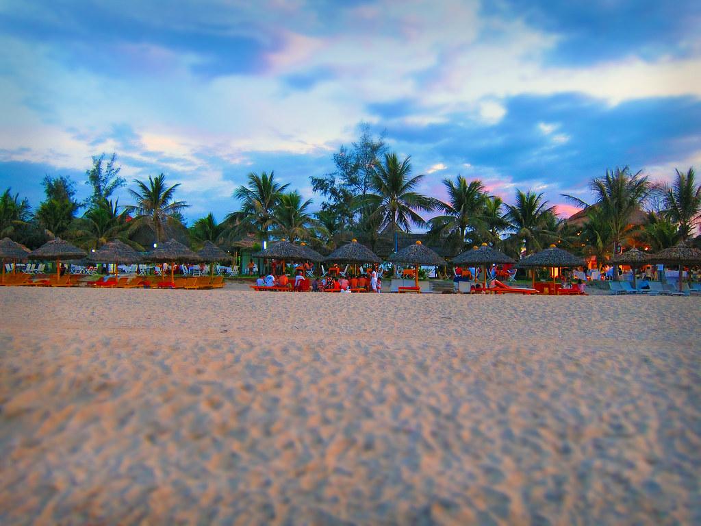 Sunset Beach Bar St Maarten Closed