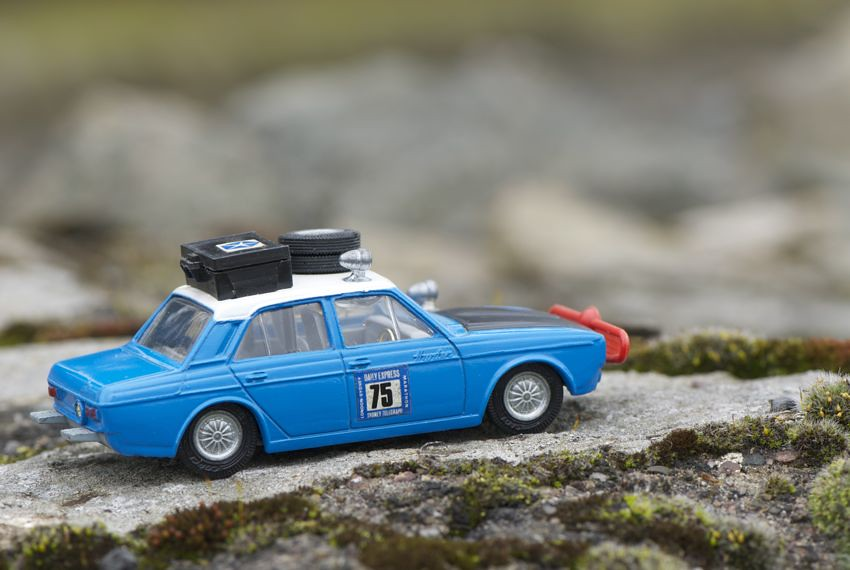 Corgi Toys Hillman Hunter  U0026 39 London To Sydney U0026 39  Rally Winner