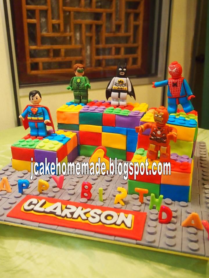 Superman Cake Pan Party City