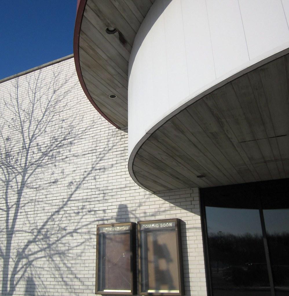 vacant theater river oaks center calumet city il flickr
