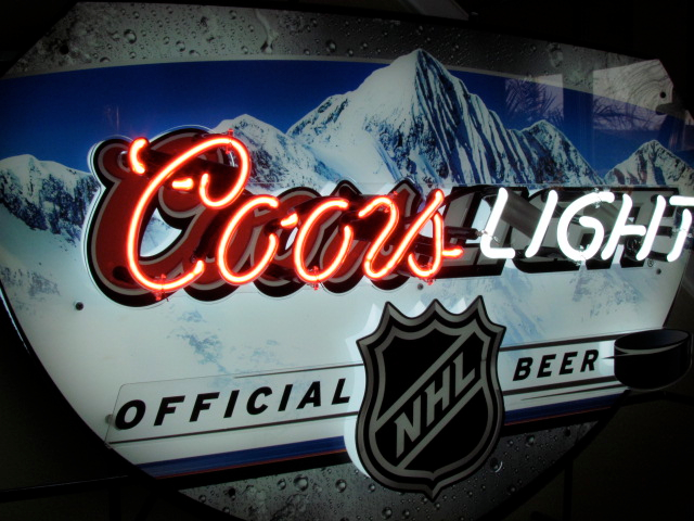 Coors Light Nhl Neon Sign Bit Ly Nhlneon Neon Beer