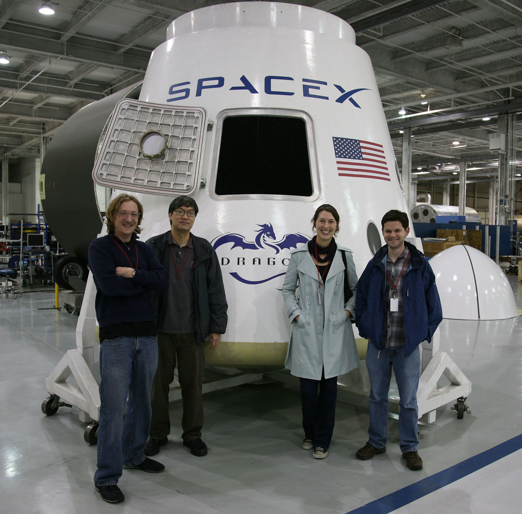 inside spacex factory - photo #27