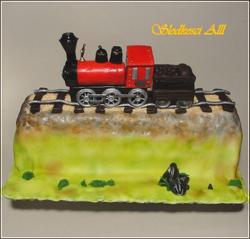 Train Engine Cake Images : locomotive cake Alina Flickr
