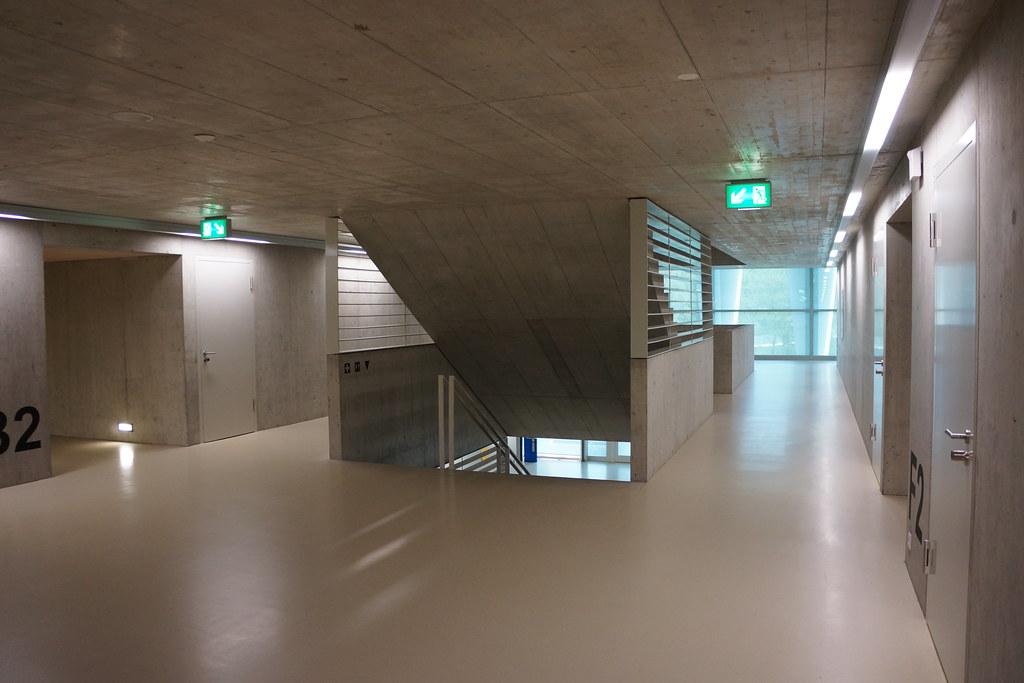 Hängele Treppenhaus sportzentrum m 252 limatt brugg im treppenhaus zwischen den ha flickr