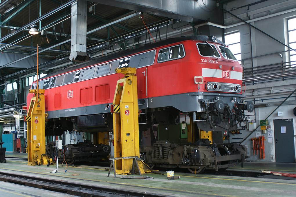 218459 17 09 09 Db 218459 On The Jacks Under Repair In