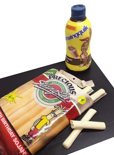 nestles quik string cheese-cake | by debbiedoescakes