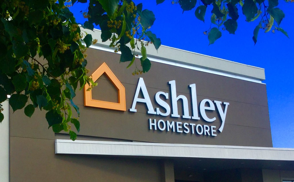 Ashley Furniture Homestore Boardman