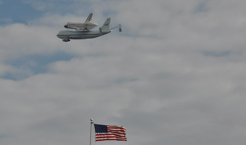 Space Shuttle Discovery Flies Over U.S. Capitol | by Rep Pete King