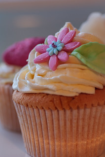 Flower cupcake | by Jarod Carruthers