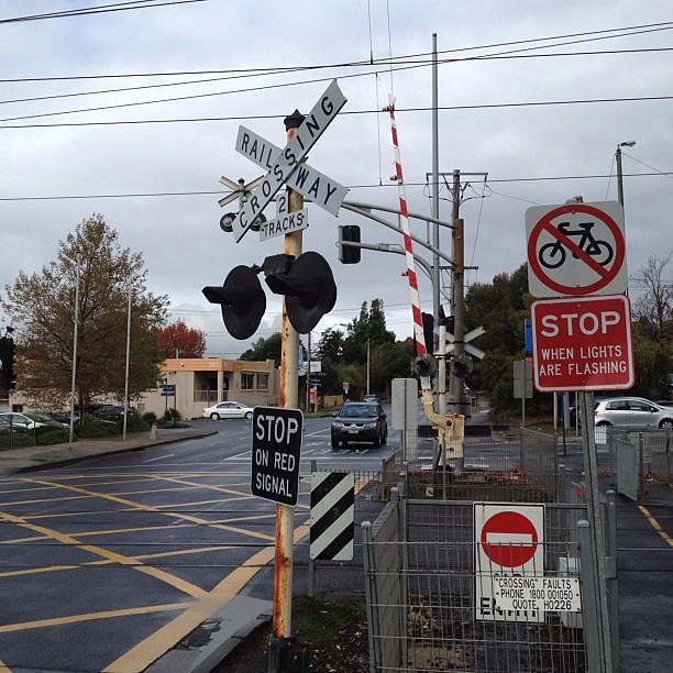 Melbourne Railway Crossing On This Clouda Day Railway Ra
