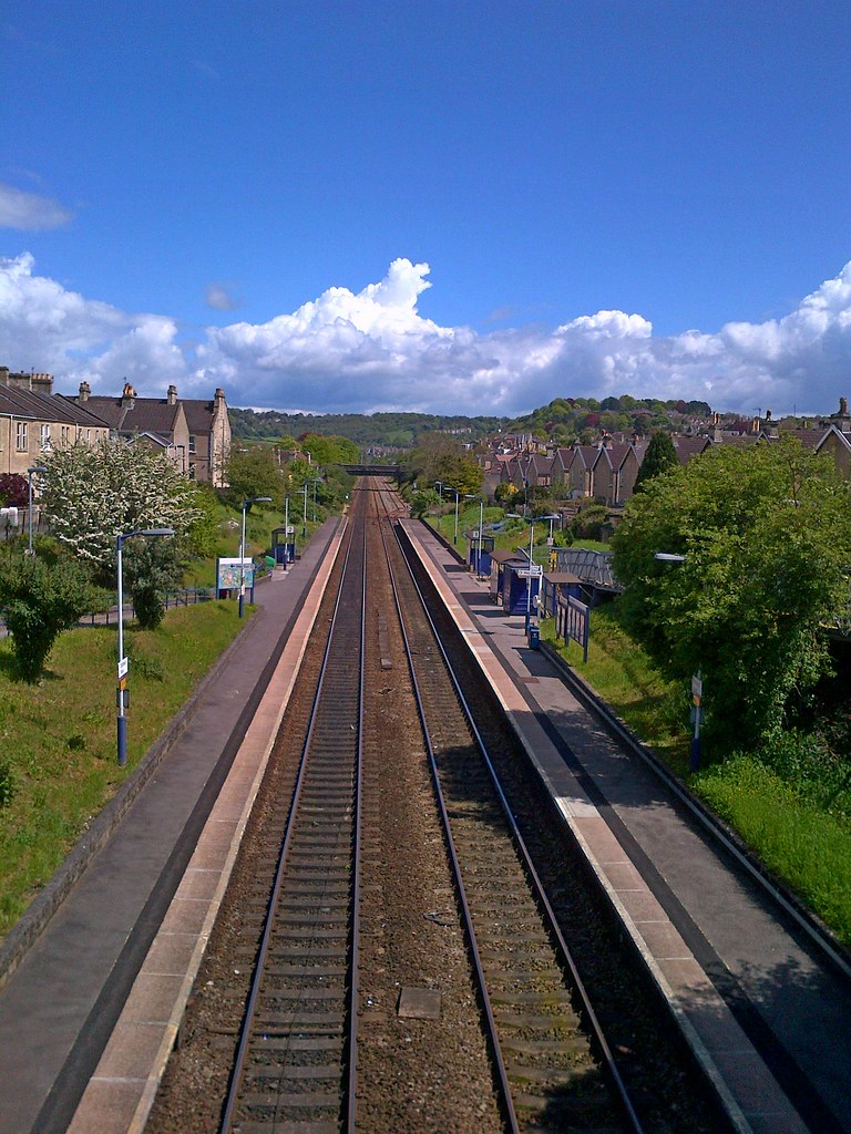 Oldfield Park Station Bath Looking Down From The Bridge Flickr