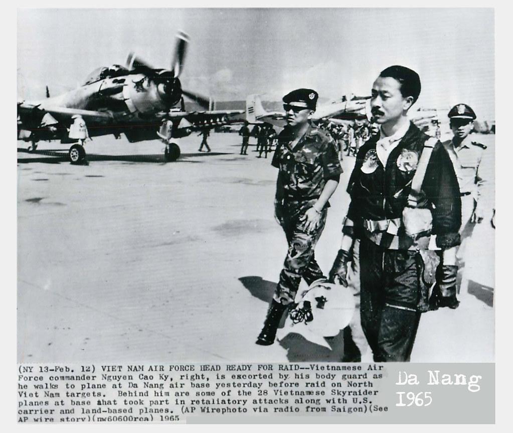 1965 - South Vie...R Commander