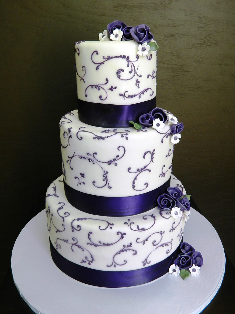Purple Wedding Cake Decorations